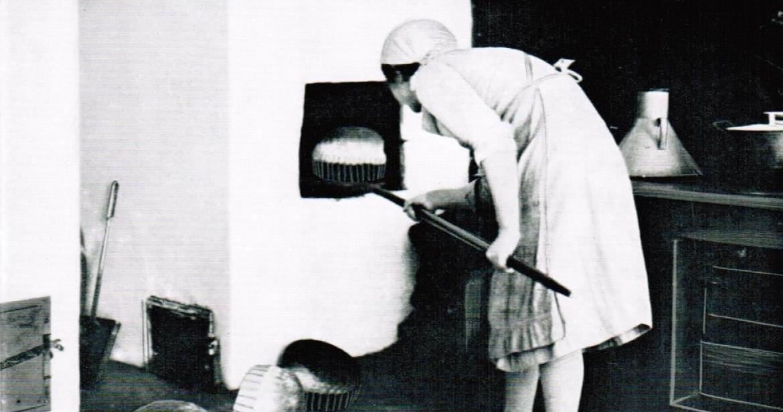 Die Bäuerin leistete Schwerstarbeit vor dem Fest