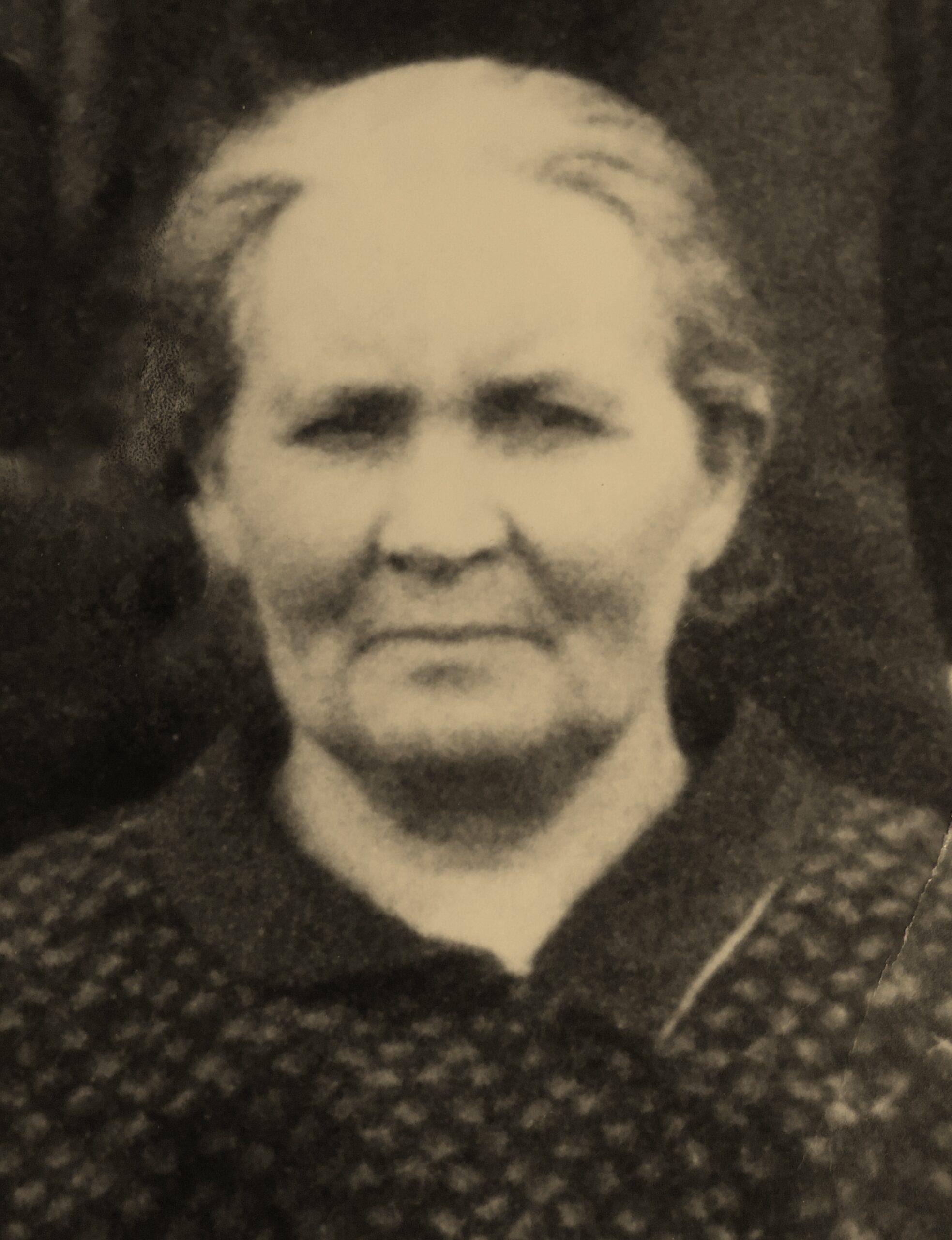 Christina Kuch, Eltern Volz+Breitmeier27.5.1887, Großmutter von Christa Hilpert-Kuch