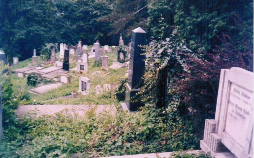 Siebenbürgen, Friedhof